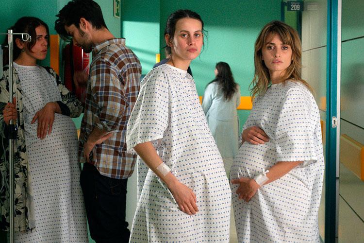 Biennale Cinema 2021 | Madres paralelas di Pedro Almodóvar è il film di  apertura della 78. Mostra