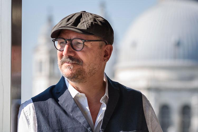 Premiata la Biennale Teatro di Antonio Latella